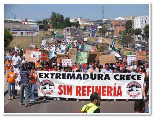 """La Asamblea aprueba la propuesta IU-V-SIEX de no aportar """"ni un duro"""" más a la Refinería Balboa"""
